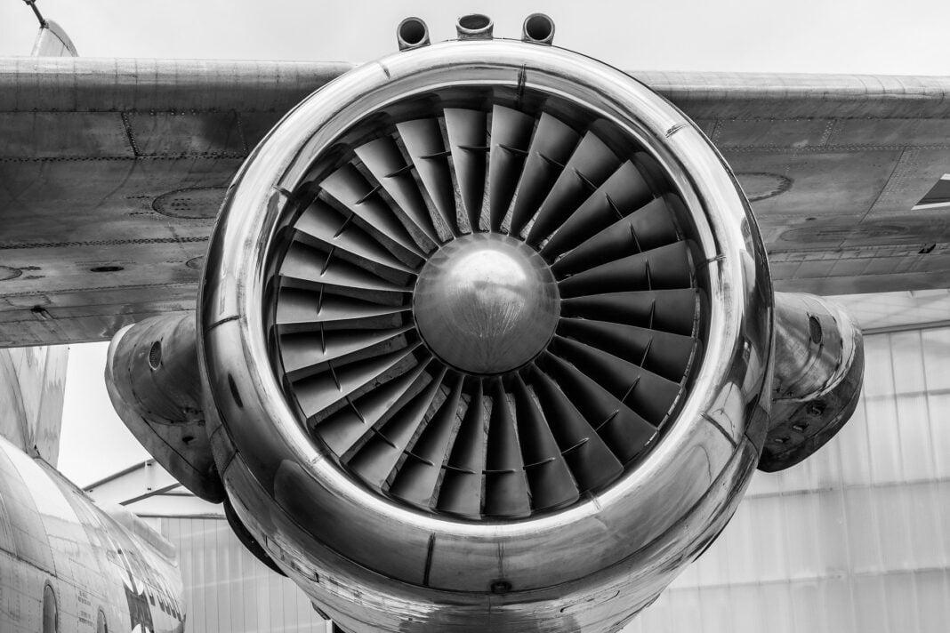 Curso de Licencia de Mantenimiento de Aeronaves